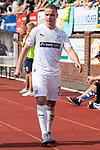 20.07.2019, Heinz-Dettmer-Stadion, Lohne, GER, Interwetten Cup, VfL Osnabrueck vs SV Werder Bremen<br /> <br /> im Bild<br /> Niklas Schmidt (VfL Osnabrueck #31) wird verletzungsbedingt ausgewechselt, <br /> <br /> Foto © nordphoto / Ewert