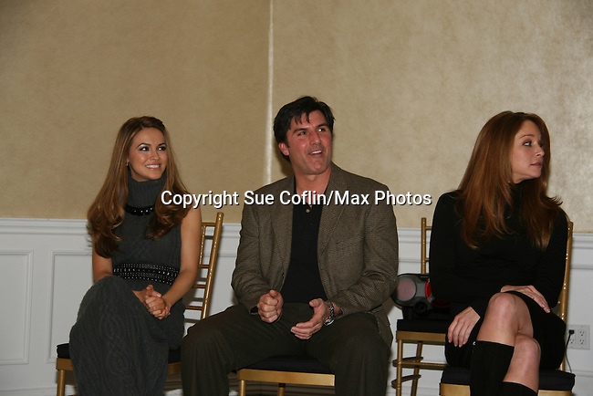 Chrishell Stause, Vincent Irizarry, Jamie Luner at a benefit for American Lung Association on December 6, 2009 at Mezza on the Green at the Lawrence Country Club. (Photos by Sue Coflin/Max Photos)