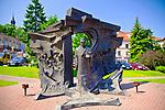 Pomnik Leopolda Okulickiego w Bochni.<br /> Monument to the Leopold of Okulicki.