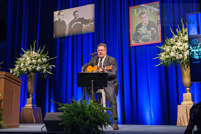 August 6, 2017; Musician Vince Gill reforms at a memorial service at the Purcell Pavilion for former football coach Ara Parseghian (Photo by Matt Cashore/University of Notre Dame)