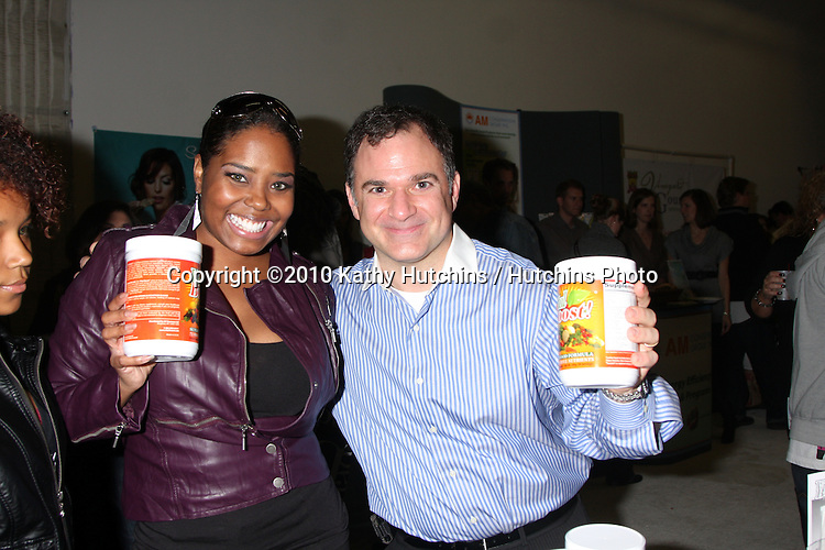 LOS ANGELES - NOV 20:  Shar Jackson, Gil R. Tatarsky at the Connected's Celebrity Gift Suite celebrating the 2010 American Music Awards at Ben Kitay Studios on November 20, 2010 in Los Angeles, CA
