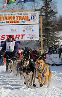 Musher Jessie Royer and determined sled dogs take off in Iditarod race from Willow, Alaska