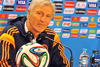 BELLO HORIZONTE  - BRASIL -13-06-2014.Jose Pekerman tecnico de Colombia  durante la conferencia de prensa que ofrecio la seleccion Colombia de futbol antes de su encuentro contra Grecia en el estadio  Mineirao  .  / Jose Pekerman coach of Colombia during the news conference that offered the Select function Colombia football before their match against Greece at Mineirao stadium. Photo: VizzorImage / Alfredo Gutierrez / Contribuidor