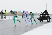 MARATHONSCHAATSEN: ELBURG: Veluwemeer,  25-01-2013, Schaatsseizoen 2012-2013, KPN NK Marathon Natuurijs, Christijn Groeneveld (A27), Jan van Loon (A34), Arjan Stroetinga (A15), ©foto Martin de Jong