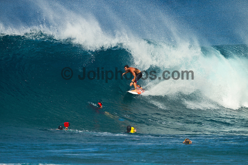 Haleiwa Hawaii, (Tuesday November 23, 2010)  Joel Parkinson (AUS). .Three to five foot west nor west swell with light variable winds were the conditions for today's sessions at Off The Wall and Backdoor..Photo: joliphotos.com