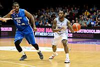 GRONINGEN - Basketbal, Donar - Fribourg, tweede voorronde Champions League, seizoen 2018-2019, 25-09-2018,  Donar speler Jordan Callahan met Fribourg  speler  Andre Williamson