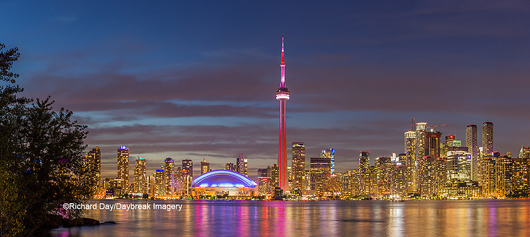 60912-00314 Toronto skyline at night from Toronto Island Park Toronto, Ontario Canada