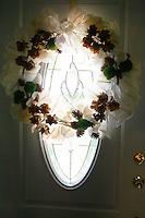 7/11/10 1:22:32 PM -- Wilmington, DE. U.S.A. -- Robin & Frank - July 11, 2010 --  Photo by Paul Lutes/cainimages.com