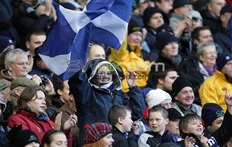 PICTURE BY Ben Duffy/SWPIX.COM - International Rugby Union RBS Six nations Championship, Scotland v England Calcutta cup, Murrayfield, Edinburgh.....08/03/08. ..Copyright - Simon Wilkinson - 07811267706 ..Murrayfield extras crowd and fans