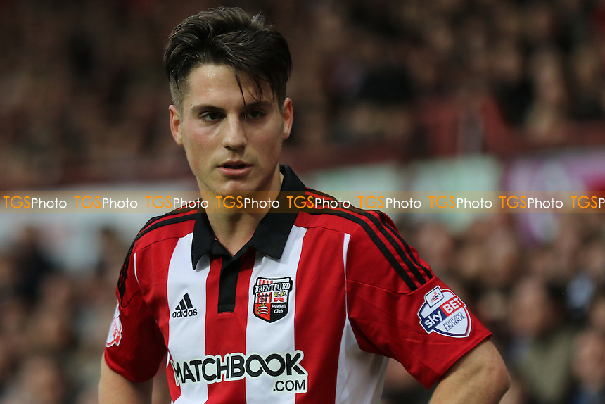 Sergi Canos of Brentford during Brentford vs Huddersfield Town, Sky Bet Championship Football at Griffin Park, London, England on 19/12/2015