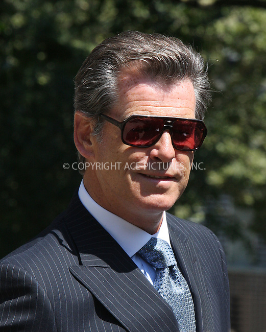 WWW.ACEPIXS.COM . . . . .  ....July 14 2009, New York City....Actor Pierce Brosnan on the Brooklyn set of the new movie 'Remember Me' on July 14 2009 in New York City....Please byline: AJ Sokalner - ACEPIXS.COM..... *** ***..Ace Pictures, Inc:  ..tel: (212) 243 8787..e-mail: info@acepixs.com..web: http://www.acepixs.com