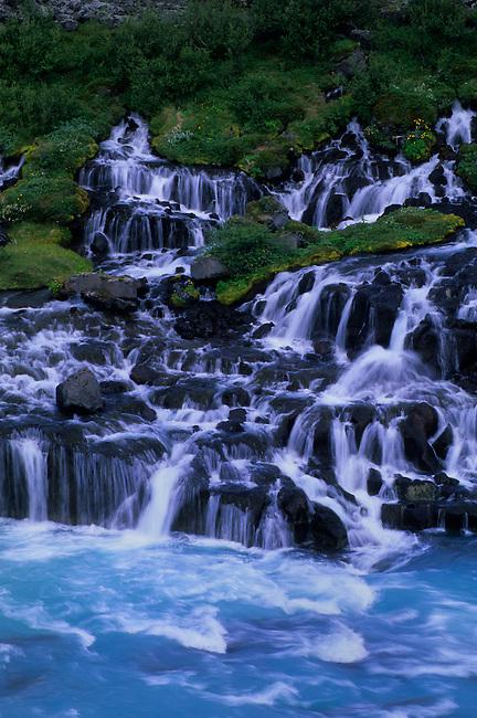 ICELAND, NORTHWESTERN INTERIOR, HRAUNFOSSAR, LAVA WATERFALL, DETAIL