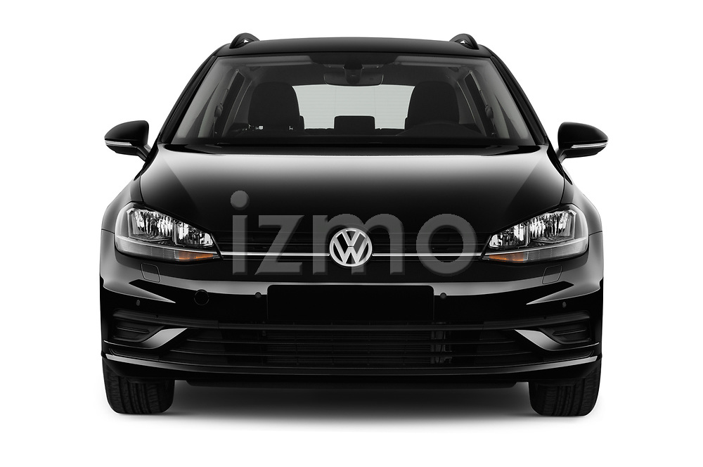 Car photography straight front view of a 2017 Volkswagen Golf-Variant Trend-Line 5 Door Wagon Front View