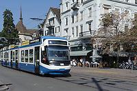 Tram 4 in Zürich, Schweiz