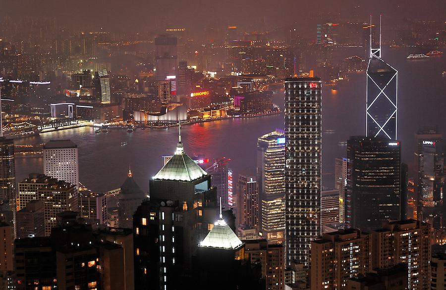 View of downtown Hong Kong from Victoria Peak at night, Hong Kong SAR, People's Republic of China, Asia
