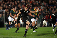 Beauden Barrett kicks during the Rugby Championship match between the New Zealand All Blacks and South Africa Springboks at QBE Stadium in Albany, Auckland, New Zealand on Saturday, 16 September 2017. Photo: Shane Wenzlick / lintottphoto.co.nz