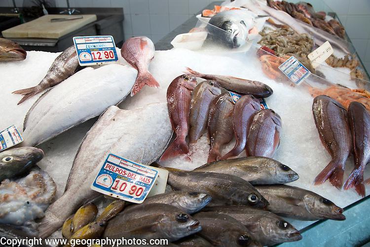 Fresh fish on ice at fishmongers at Playa Blanca, Lanzarote, Canary Islands, Spain
