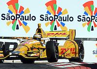SAO PAULO SP, 04 Maio 2013 - Formula Indy  -   treino livre para a Itaipava São Paulo Indy 300 Nestlé no autódromo de rua do Anhembi na zona norte de Sao Paulo, neste sábado , 04. na foto Ryan Hunter Reay  (FOTO: ALAN MORICI / BRAZIL PHOTO PRESS).