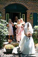 7/11/10 1:34:04 PM -- Wilmington, DE. U.S.A. -- Robin & Frank - July 11, 2010 --  Photo by Paul Lutes/cainimages.com