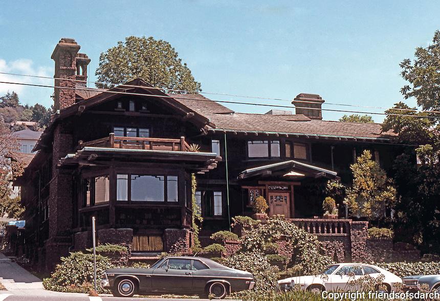Greene & Greene: Thorsen House, Berkeley 1908. Front Elevation.  Photo '78.