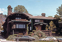 Greene & Greene: Thorsen House, Berkeley 1908. Front Elevation.  Photo '78.