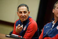 Bradenton, FL : Omid Namazi speaks to US Soccer athletes during a presentation in Bradenton, Fla., on January 4, 2018. (Photo by Casey Brooke Lawson)