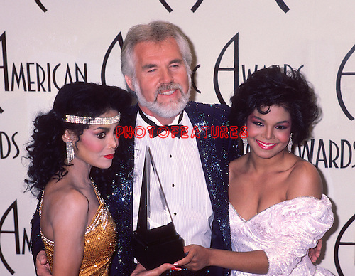 LaToya Jackson. Kenny Rogers and Janet jackson 1985 American Music Awards..