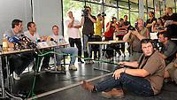 erster Pressetermin Rasenballsport e.V. Leipzig RB Leipzig Red Bull - Stadion am Bad in Markranstädt - im Bild: Pressekonferenz mit Thomas Kläsener, Ingo Hertzsch und Perry Bräutigam (v.l.). Foto: Norman Rembarz..