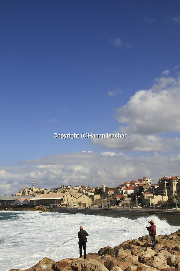 Israel, Tel Aviv-Yafo, fishing in Jaffa