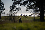 Swansea, UK, 25th March 2020.<br />People out and about getting their hit of daily excercise during the Coronavirus lockdown in the stunning spring weather at Blackpill near Swansea this afternoon.