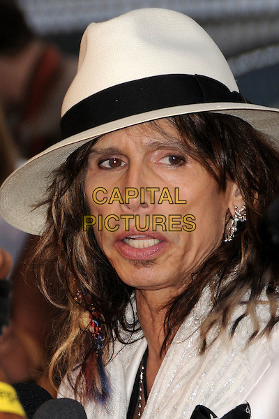 STEVEN TYLER .4th Annual MusiCares MAP Fund Benefit Concert at the Music Box Theatre, Hollywood, California, USA..May 9th, 2008.headshot portrait eyeliner white hat fedora .CAP/ADM/BP.©Byron Purvis/AdMedia/Capital Pictures.