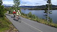 NWA Democrat-Gazette/FLIP PUTTHOFF <br /> The Mowrys ride along Lake Dillon     September 2015      near Frisco, Colo.