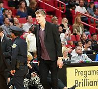 Moritz Wagner (C, Washington Wizards, #21) ist verletzt - 22.01.2020: Miami Heat vs. Washington Wizards, American Airlines Arena
