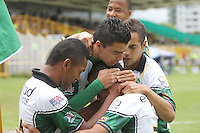 BOGOTA -COLOMBIA- 25-08-2013. Wilson Morelo  de La Equidad Fútbol Club  celebra su gol  contra   el Boyacá Chico , partido correspondiente a la   sexta fecha de la Liga Postobón segundo semestre disputado en el estadio de Techo / Wilson Morelo  of La Equidad Football Club celebrates his goal ainst the Boyaca Chico , game in the sixth round of the second half Postobón League match at the Techo  Stadium .Photo: VizzorImage /Felipe Caicedo  / STAFF
