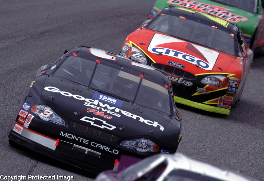 Dale Earnhardt in traffic at Darlington during the Mall.com 400 in March 2000. (Photo by Brian Cleary)