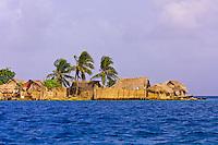 Kuna Indian village on Crab Island (Carti Sugdup), San Blas Islands (Kuna Yala), Caribbean Sea, Panama