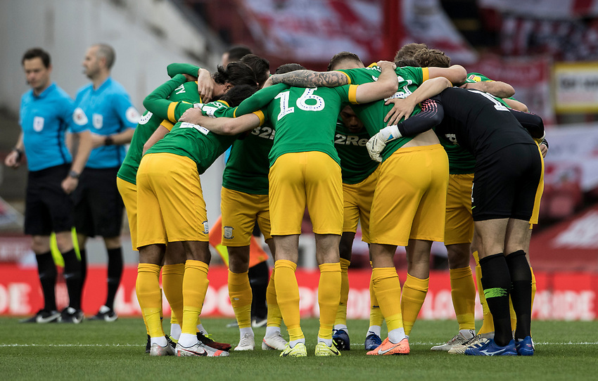 Preston North End players huddle before the match<br /> <br /> Photographer Andrew Kearns/CameraSport<br /> <br /> The EFL Sky Bet Championship - Brentford v Preston North End - Wednesday 15th July 2020 - Griffin Park - Brentford <br /> <br /> World Copyright © 2020 CameraSport. All rights reserved. 43 Linden Ave. Countesthorpe. Leicester. England. LE8 5PG - Tel: +44 (0) 116 277 4147 - admin@camerasport.com - www.camerasport.com