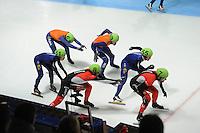 SCHAATSEN: DORDRECHT: Sportboulevard, Korean Air ISU World Cup Finale, 12-02-2012, Final Relay Men, Sjinkie Knegt NED (62), Daan Breeuwsma NED (59), Yoon-Gy Kwak KOR (51), Da Woon Sin KOR (55), Olivier Jean CAN (8), Remi Beaulieu-Tinker CAN (7), ©foto: Martin de Jong