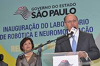 SAO PAULO, 04 DE JUNHO DE 2013 - ALCKMIN ROBOTICA E NEUROMODULACAO - O Governador Geraldo Alckmin participa de solenidade de inauguraçãoo do Laboratório de Robótica e Neuromodulação, na Unidade Vila Mariana de Reabilitação Lucy Montoro, do Hospital das Clinicas, região sul da capital, na manhã desta terça feira, 04. (FOTO: ALEXANDRE MOREIRA / BRAZIL PHOTO PRESS)
