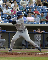 May 12, 2004:  Chin-lung Hu of the Columbus Catfish, South Atlantic League (low-A) affiliate of the Los Angeles Dodgers, during a game at Classic Park in Eastlake, OH.  Photo by:  Mike Janes/Four Seam Images