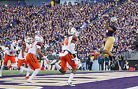 Dante Pettis snags a pass in the back of the end zone.  However, the play was called back on a penalty against Washington.