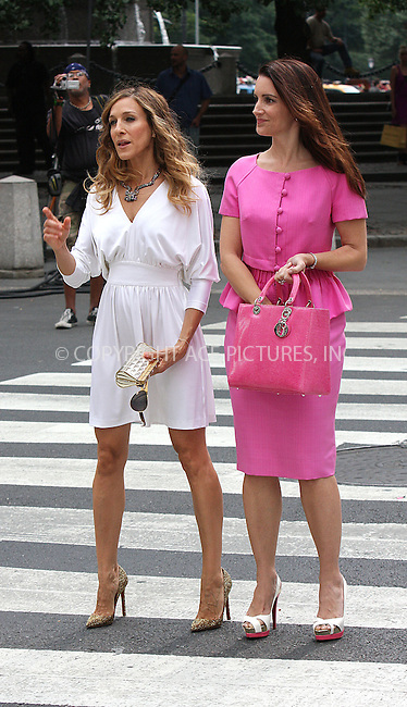 WWW.ACEPIXS.COM . . . . .  ....September 8 2009, New York City....Actresses Sarah Jessica Parker and Kristin Davis on the Fifth Avenue set of the new 'Sex and the City' movie on September 8 2009 in New York City....Please byline: AJ Sokalner - ACEPIXS.COM..... *** ***..Ace Pictures, Inc:  ..tel: (212) 243 8787..e-mail: info@acepixs.com..web: http://www.acepixs.com