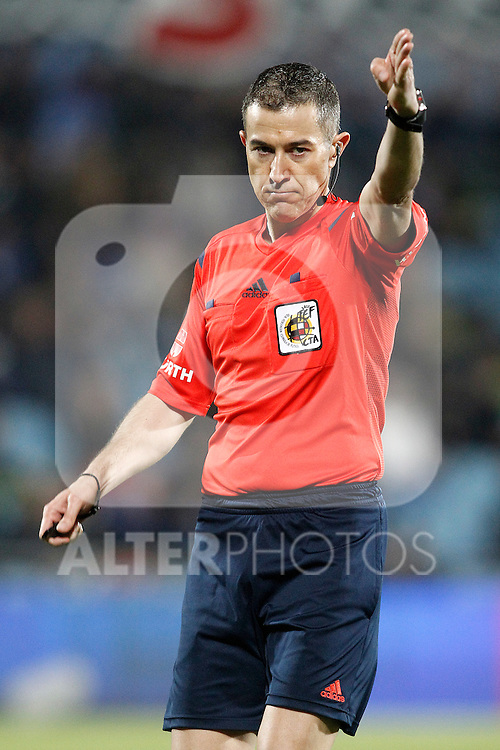 Spanish referee Iglesias Villanueva during La Liga match. March 18,2016. (ALTERPHOTOS/Acero)
