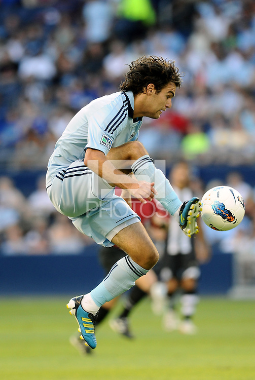 Graham Zusi Sporting KC midfielder in action.