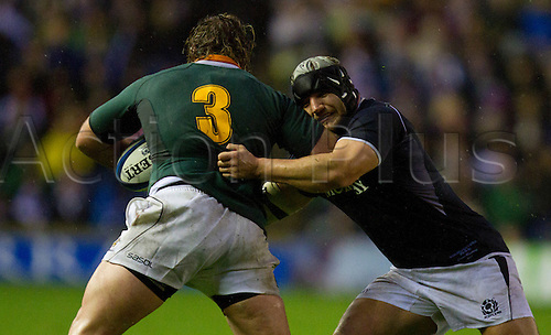 20.11.2010 International Rugby Union from Murrayfield Scotland v South Africa..South Africas 3 Jannie du Plessis is tackled