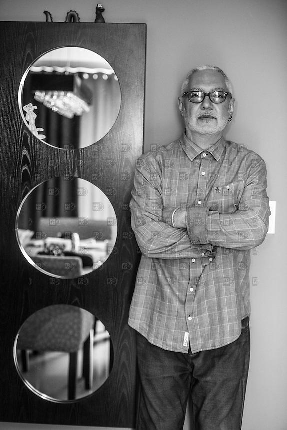 CIUDAD DE MÉXICO, Enero 12, 2016.  Sabo Romo en una entrevista en su casa para hablar  de Rock en tu Idioma Sinfónico en la Ciudad de México, el 12 de enero de 2016 FOTO: ALEJANDRO MELÉNDEZ