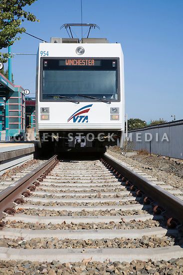 VTA (Valley Transportation Authority) light rail car to Winchester (San Jose) arriving at the Mountain View Station. Mountain View, California, USA