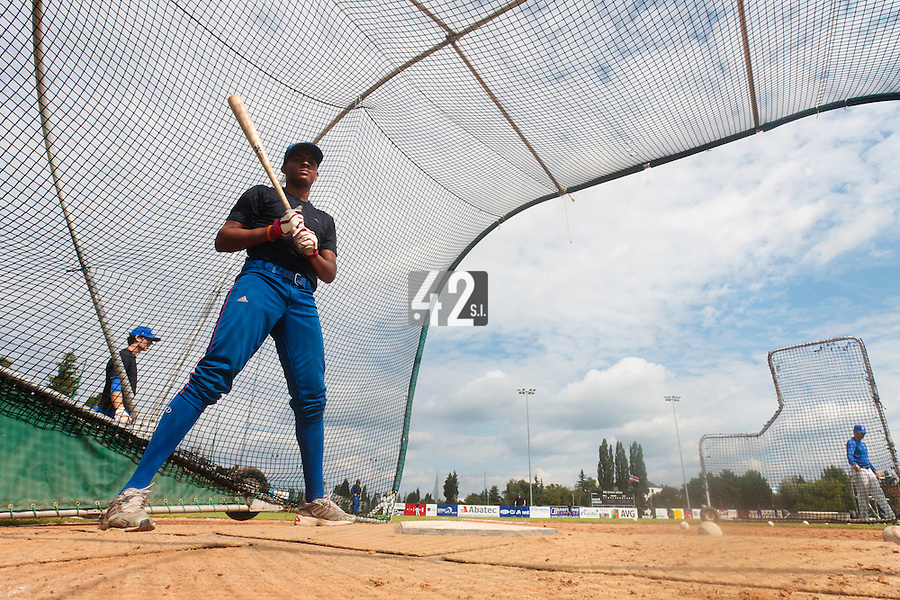 19 August 2010: Andy Paz Garriga of Team France is seen at bat prior to France 7-6 win over Slovakia, at the 2010 European Championship, under 21, in Brno, Czech Republic.