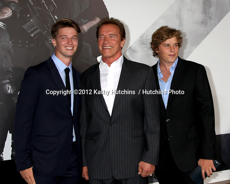 """Los Angeles - AUG 15:  Arnold Schwarzenegger arrives at the """"The Expendables 2""""  Premiere at Graumans Chinese Theater on August 15, 2012 in Los Angeles, CA"""