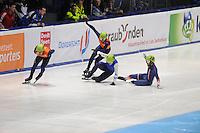 SHORTTRACK: DORDRECHT: Sportboulevard Dordrecht, 24-01-2015, ISU EK Shorttrack, Sjinkie KNEGT (NED | #51), Daan BREEUWSMA (NED | #49), Vladislav BYKANOV (ISR | #39), Thibaut FAUCONNET (FRA | #19), ©foto Martin de Jong